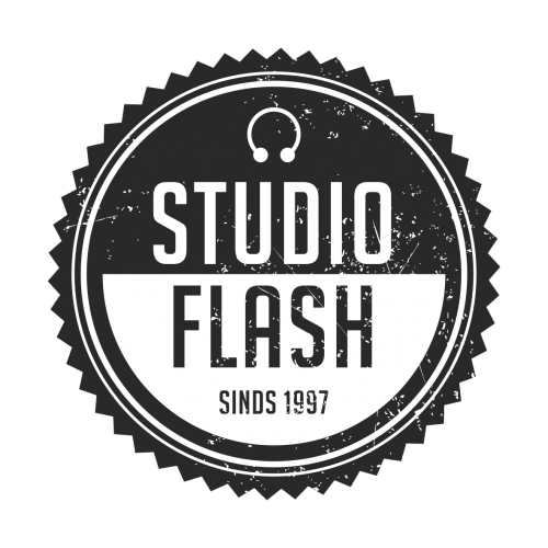 Studio Flash Sneek